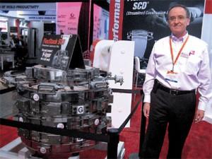 Plástico, Adolfo Edgar, gerente de vendas da BE, Feira recupera prestígio e sinaliza a retomada da Indústria Norte-Americana