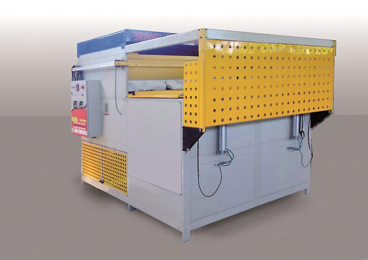 Plástico Moderno, Máquina da Brawel aplica vácuo para incrementar a transformação
